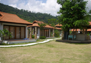 Candlehut Resort